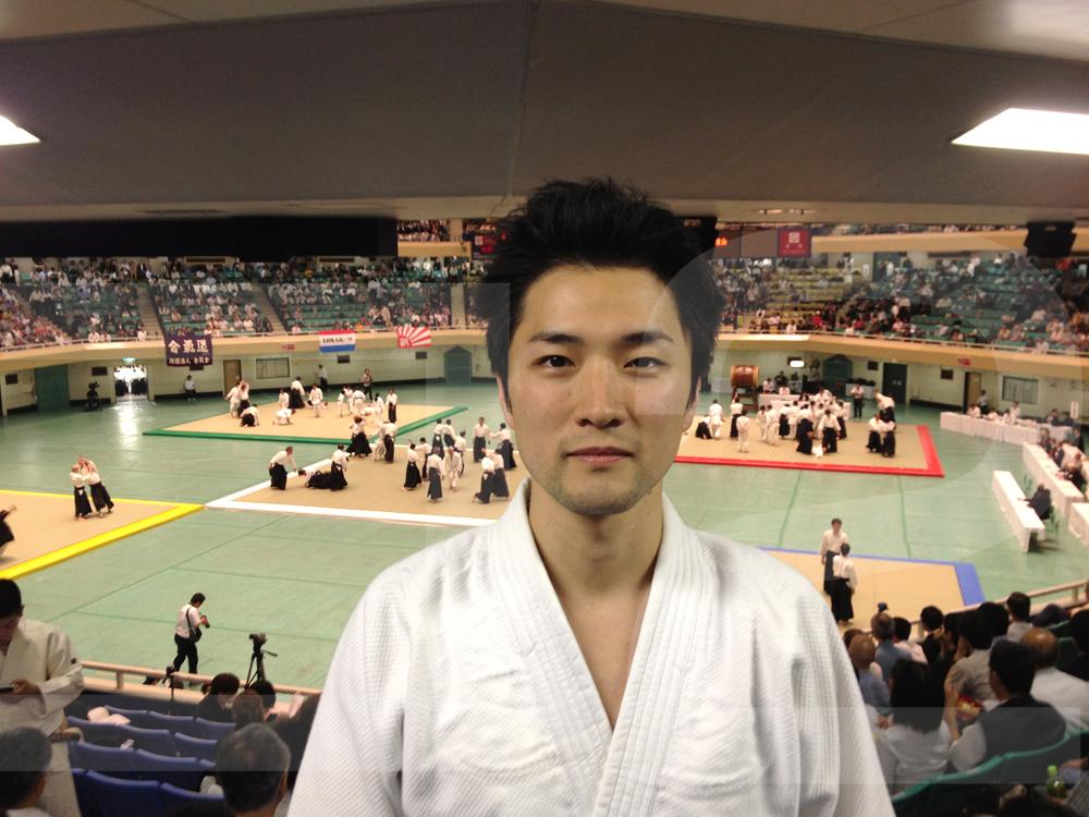 合気道の大会での岩吉さん。武道館にて