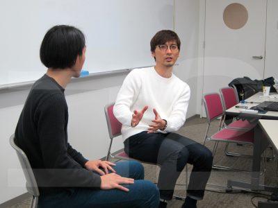 森本義朗さん(写真右、☆)